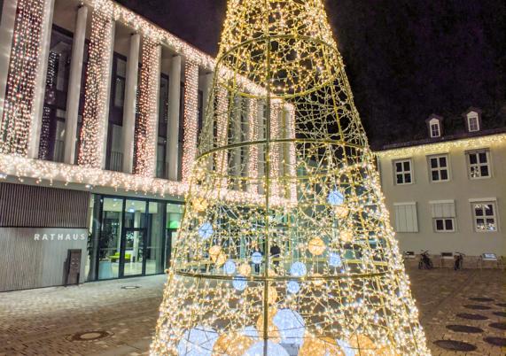 Rathausplatz im Winter