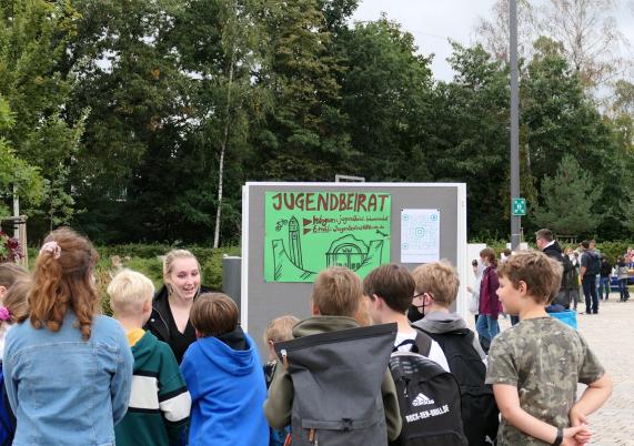 Hohen Neuendorfs Jugendbeirat diskutierte bei der Kinder- und Jugendkonferenz mit.