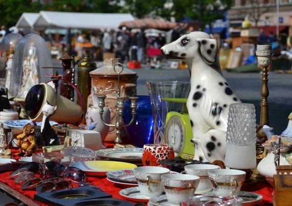 Regionalmarkt und Flohmarkt im September