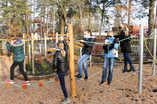 Kletterlandschaft Ahorn-Grundschule